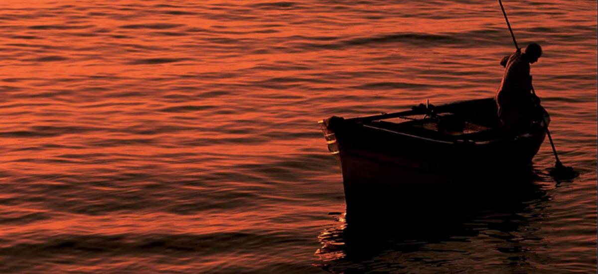 Il pescatore di alghe, antico mestiere oggi tramontato