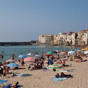 Al via la stagione balneare in Sicilia. Le spiagge della Costa d'Oro